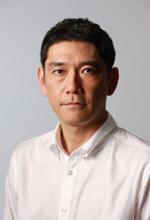 杉本哲太。出典:http://www.siscompany.com/02manage/38sugimoto/00.htm